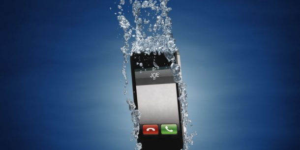 What Should You Do If Your Phone Gets Wet_Image 0