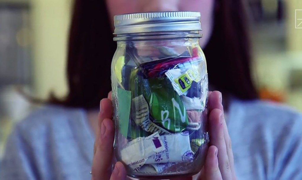 Zero-Waste Woman Can Fit Two Years Of Trash In One Small Mason Jar_Image 0