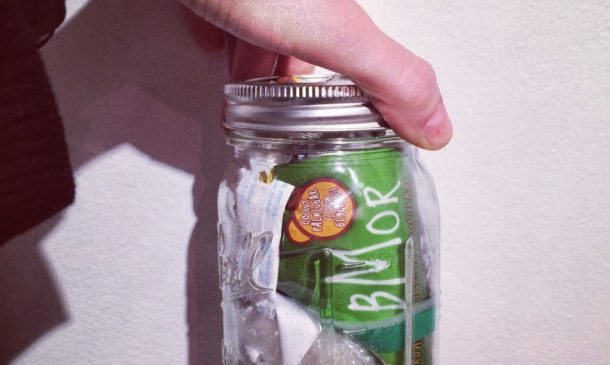 Zero-Waste Woman Can Fit Two Years Of Trash In One Small Mason Jar_Image 3