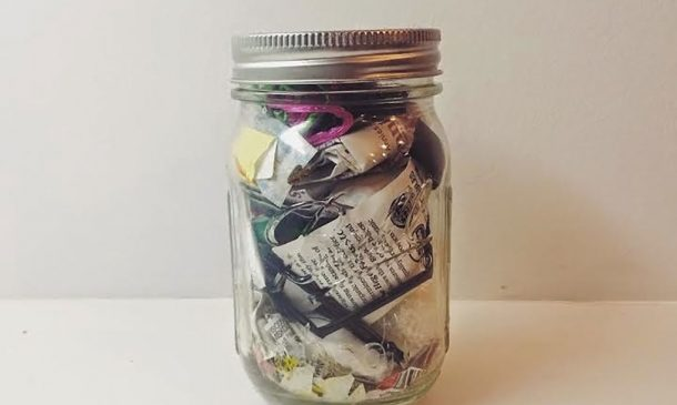 Zero-Waste Woman Can Fit Two Years Of Trash In One Small Mason Jar_Image 4