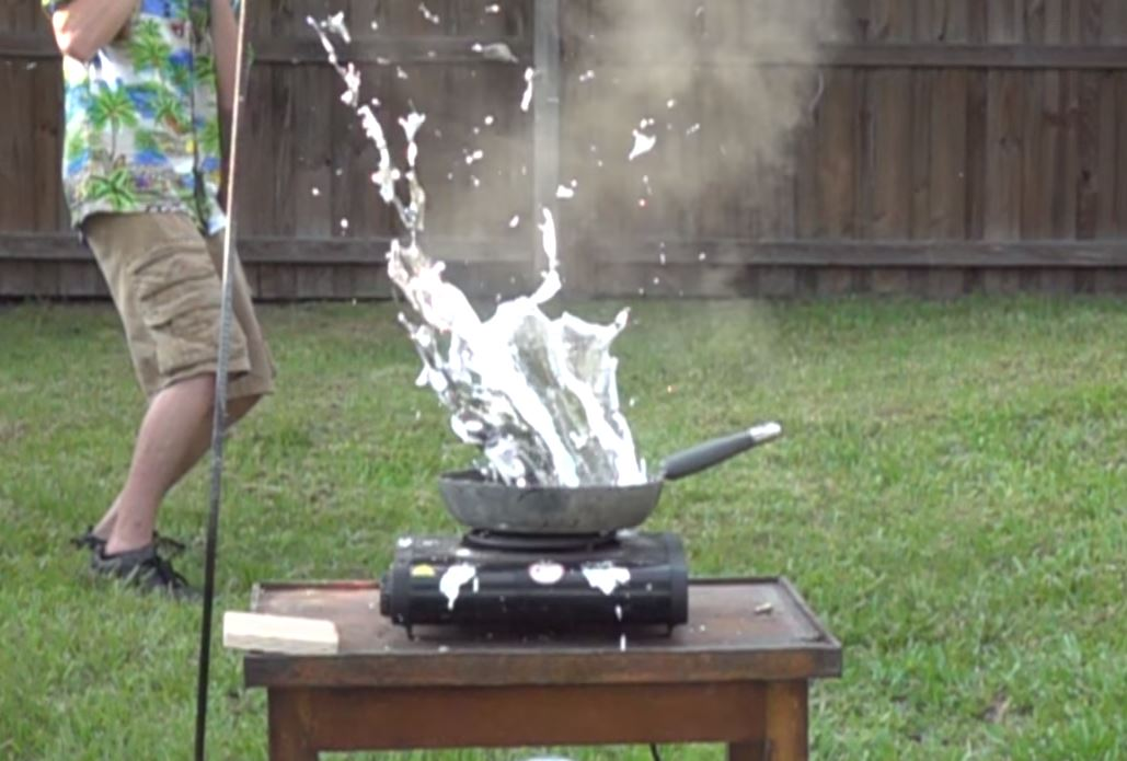 Ever Wondered What Happens If You Throw Bullets Into Molten Aluminium? Mystery Solved