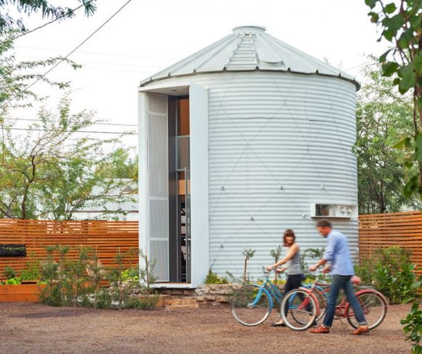 6 Abandoned Grain Silos Remodeled Into Stylish, Modern Homes_Image 0