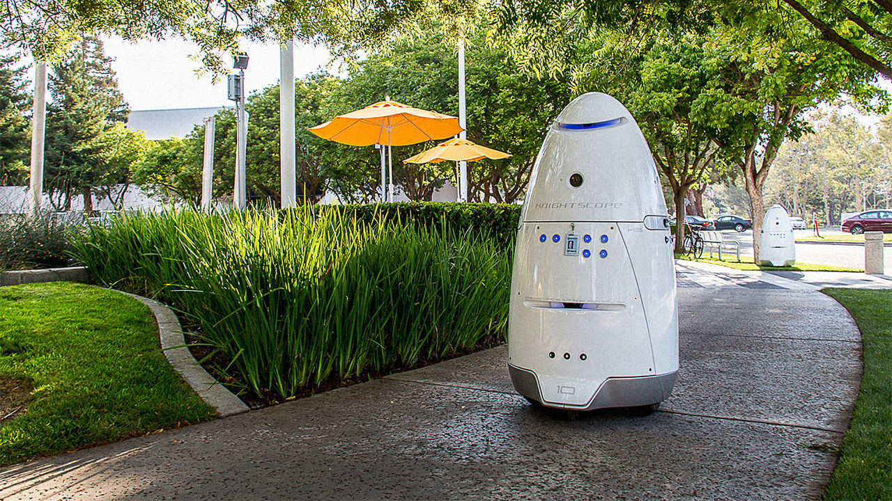 A Robot Security Guard At A Silicon Valley Mall Attacked A Toddler And Then Denied It Altogether_Image 1