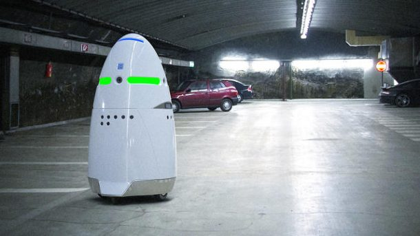 A Robot Security Guard At A Silicon Valley Mall Attacked A Toddler And Then Denied It Altogether_Image 2