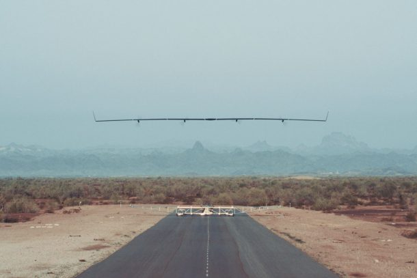 Facebook's Giant Solar-Powered Internet Drone Just Completed Its Maiden Voyage_Image 1