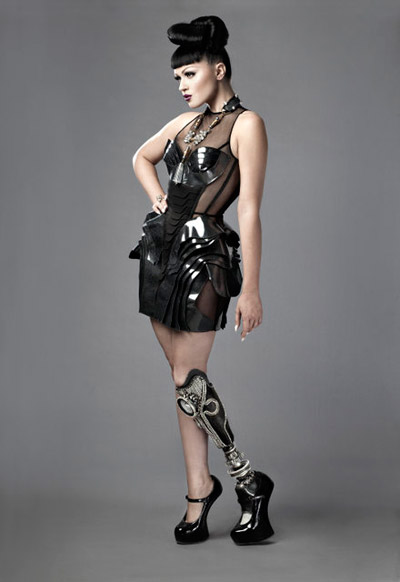 Spiked Leg and Gadget Arms Bring Art To Prosthetic Limbs_Image 31
