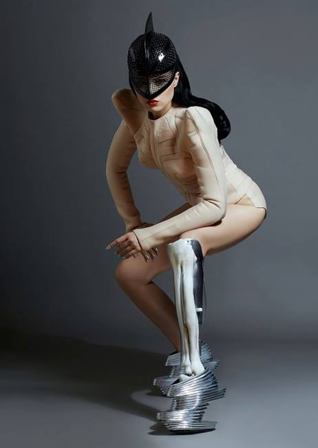 Spiked Leg and Gadget Arms Bring Art To Prosthetic Limbs_Image 33