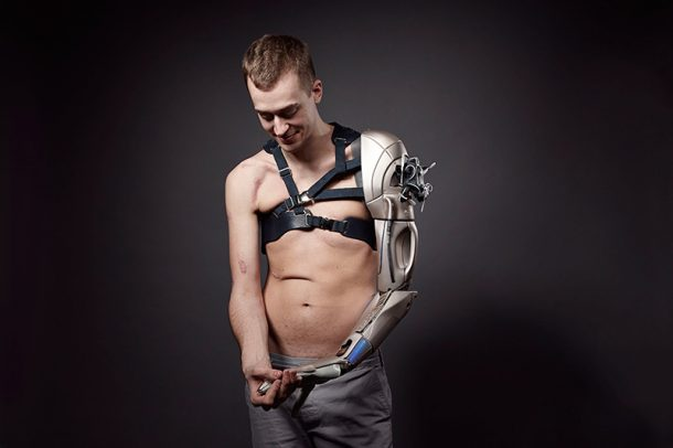 Spiked Leg and Gadget Arms Bring Art To Prosthetic Limbs_Image 40