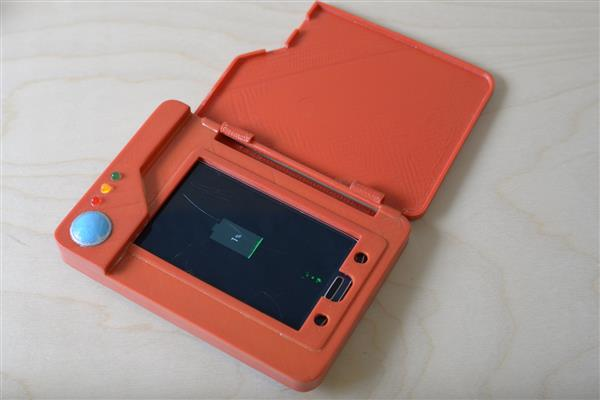The 3D Printed Pokédex Phone Battery Case Will Enhance Your Pokémon Go Experience_Image 7