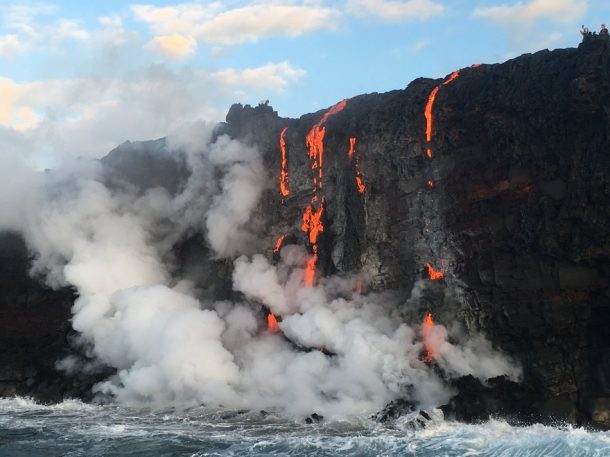Witness New Land Being Formed As The Molten Lava Flows Into The Ocean In Hawaii_Image 4