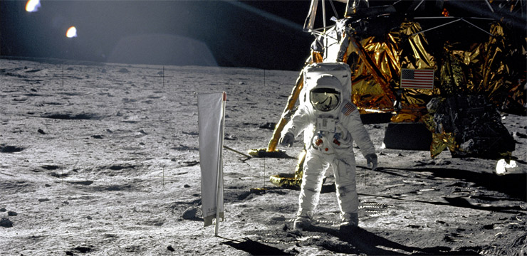 all photos and videos from apollo moon landing - photo #14
