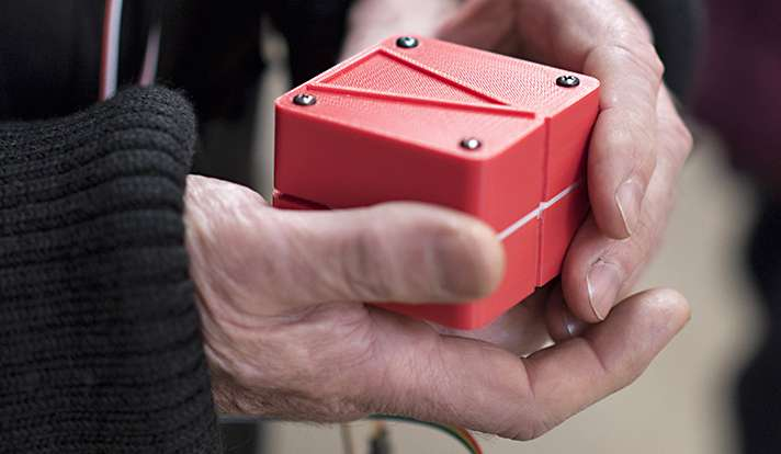 This Shape-Shifting Navigation Cube Points Sighted And Visually Impaired People In The Right Direction