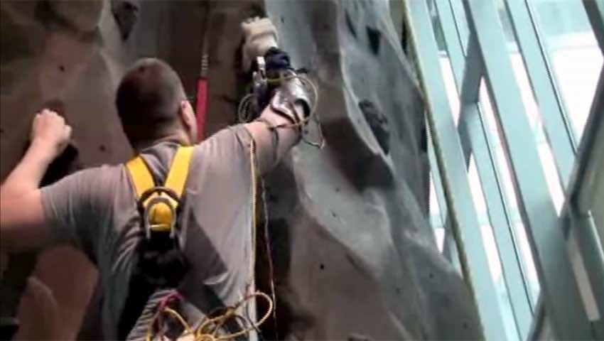 rock-climbing-prosthesis
