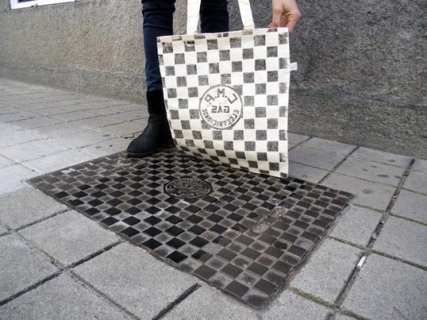 'Pirate Printers' Use Manhole Covers To Print Urban Style Custom T-Shirt Designs_Image 5