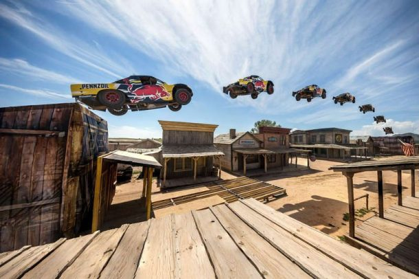 Bryce Menzies Jumps An Incredible 379 Feet In His Truck, Sets New World Record_Image 4