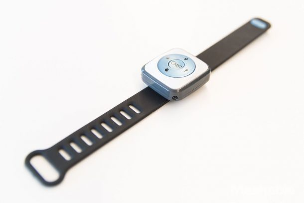 This is CHiP's SmartBand. It's easy to use and comfortable to wear. Credits: Mashable