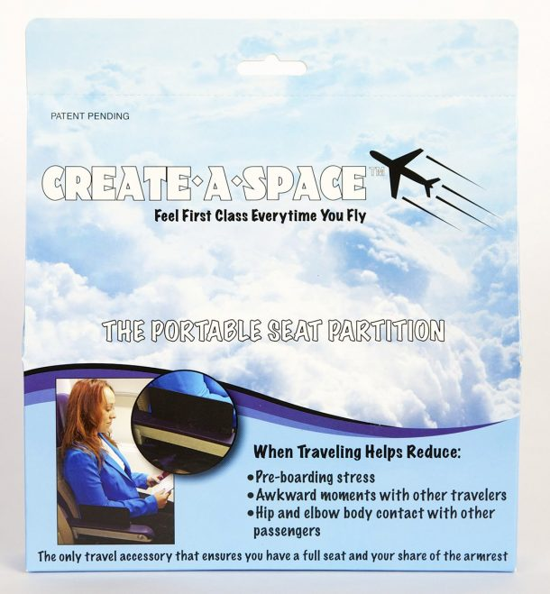 Create A Space Portable Seat Partition Makes Armrest Sharing In Airplanes Easier_Image 2