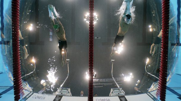 Have You Ever Wondered What Are Those Screens Installed In The Olympic Swimming Pools_Image 1