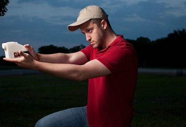 TSA Discovers a 3D Printed Gun Inside A Carry On_Image 00