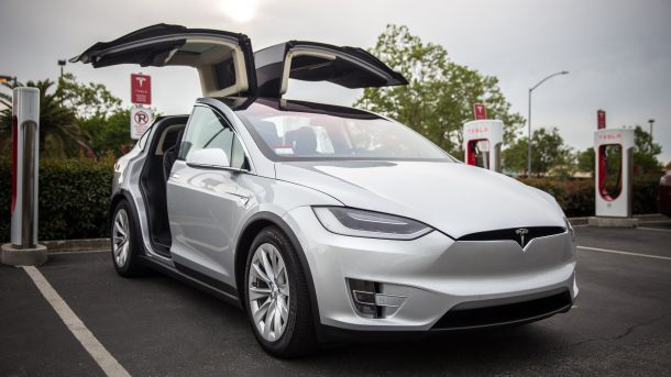Tesla Model X Autopilot Saves The Life Of A Missouri Man_Image 2