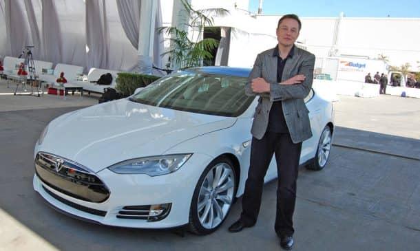Tesla Unveils The World's Fastest Consumer Production Car_Image 1