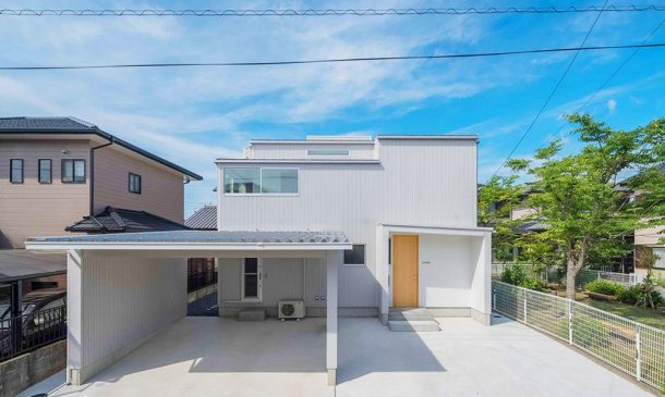 This Japanese Family Home Design Allows The Rain Inside_Image 1