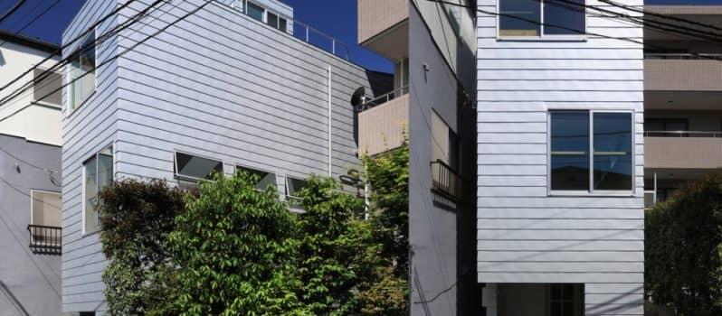 This Super Skinny 4-Meter-Wide House Is Squeezed Between Two Buildings In Tokyo_Image 1