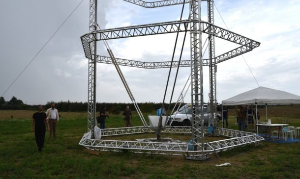 Zero-Cost Mud Homes Produced By The World'sLargest Delta 3D Printer_image 15