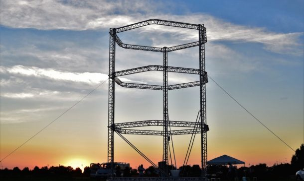 Zero-Cost Mud Homes Produced By The World'sLargest Delta 3D Printer_image 16