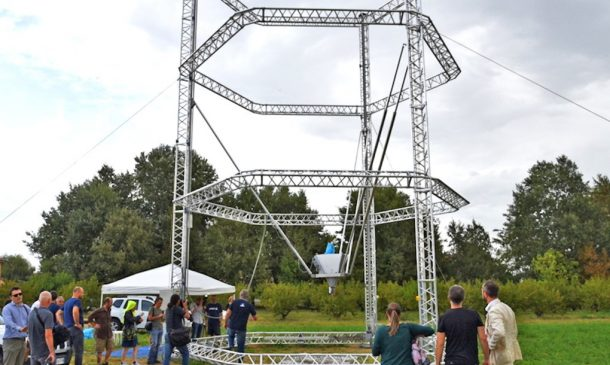 Zero-Cost Mud Homes Produced By The World'sLargest Delta 3D Printer_image 8