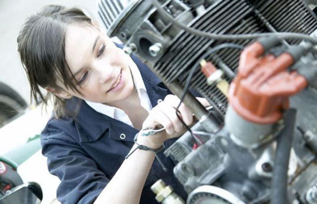 car mechanic2