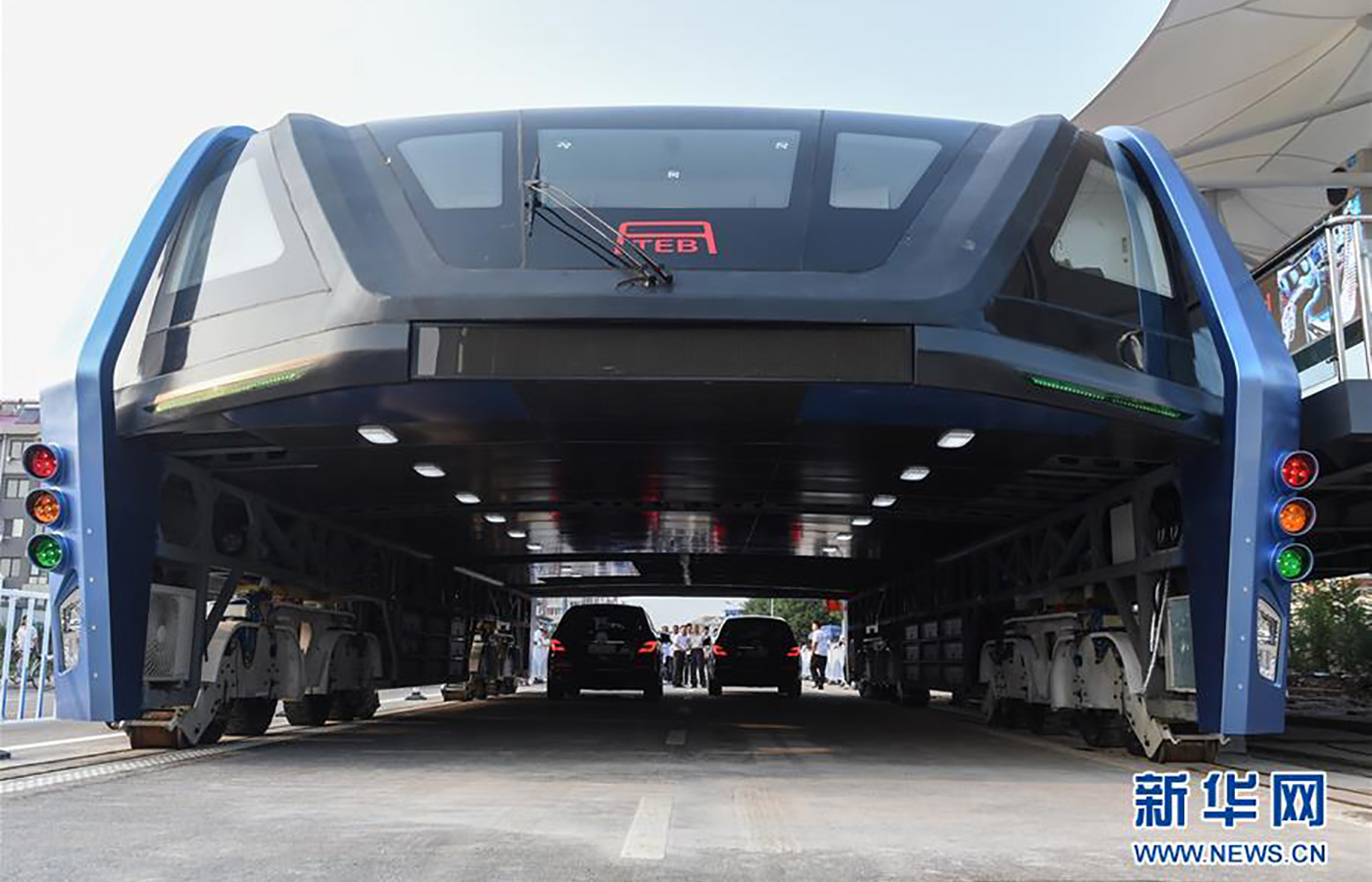 china elevated bus1