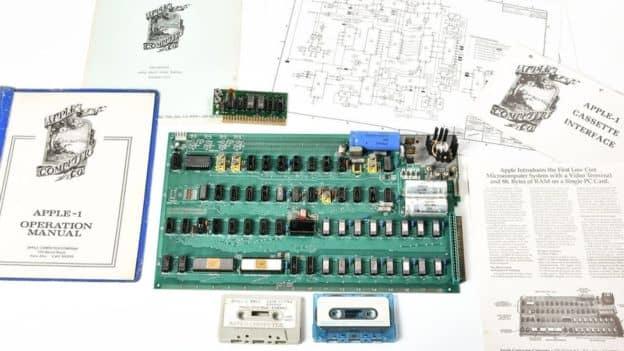 first apple computer1