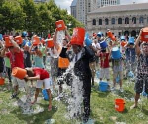 ice-bucket-challenge-4917fd4aed73bb35