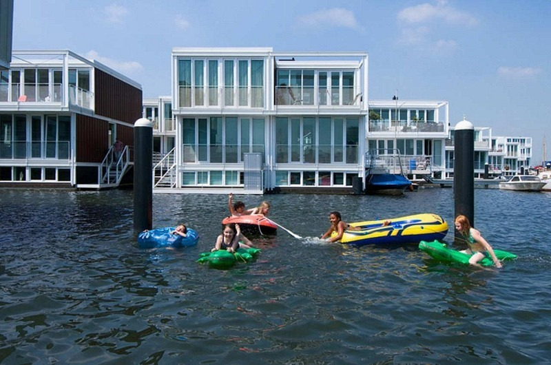 Floating Houses Are The New Thing In Amsterdam