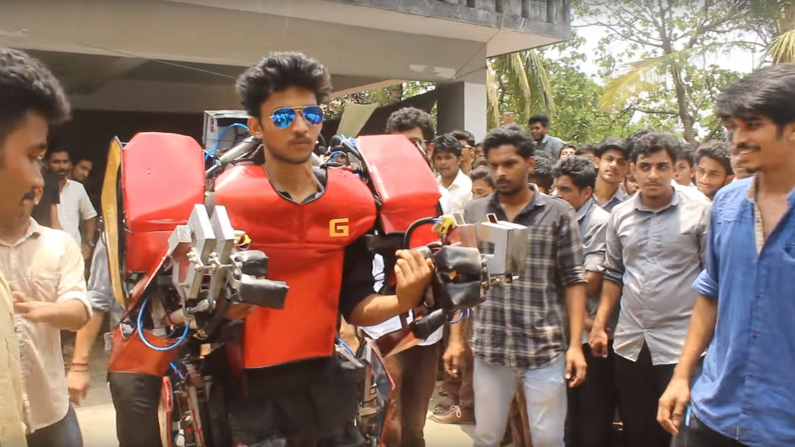 Indian Engineering Students Build An Ironman Suit For Just $750