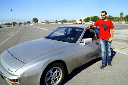 a-french-engineer-converts-old-cars-into-diy-poor-mans-teslas_image-0