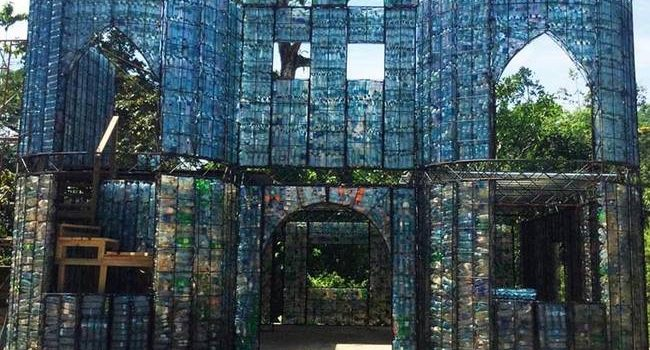 bottle-house-panama