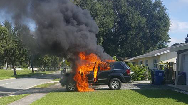 Exploding-Note-7-Totaled-Jeep-Cherokee-i