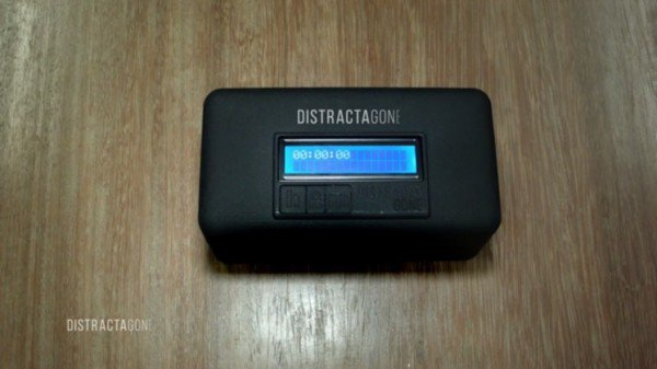 fight-smartphone-addiction-by-locking-your-phone-inside-the-smart-box-for-an-allocated-time_image-1
