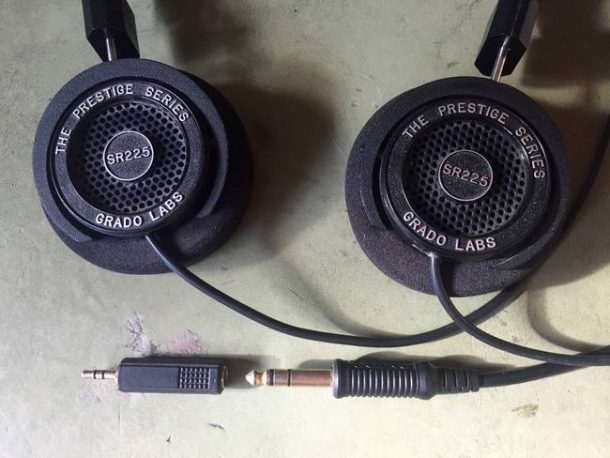 Lloyd Alter/ headphones with adapter/CC BY 2.0
