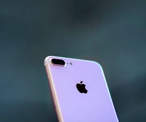 is-your-iphone-7s-emitting-hissing-sounds-heres-why_image-0