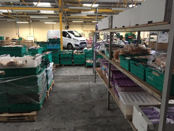 the-first-pay-as-you-feel-food-waste-grocery-store-opens-in-the-uk_image-4