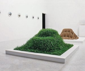 This Kit Lets You Grow A Grass Couch On Your Lawn_Image 3