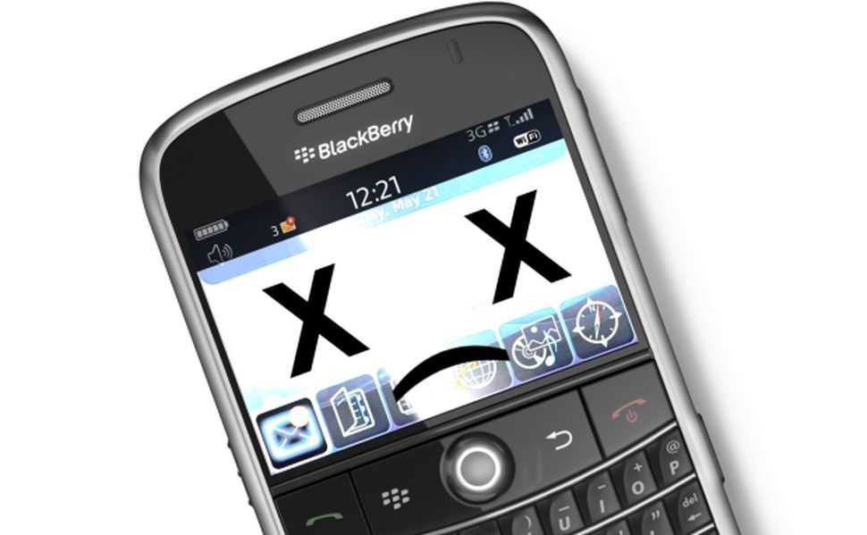 Blackberry CEO Announces That The Company Will No Longer Make Phones