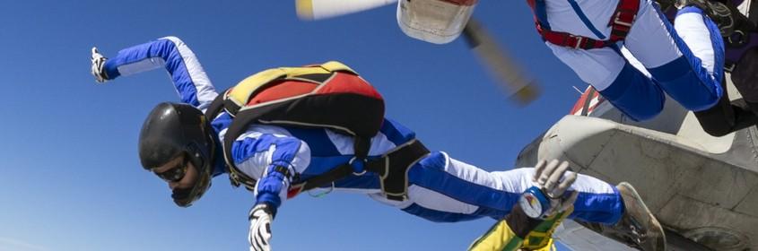 passenger-parachutes