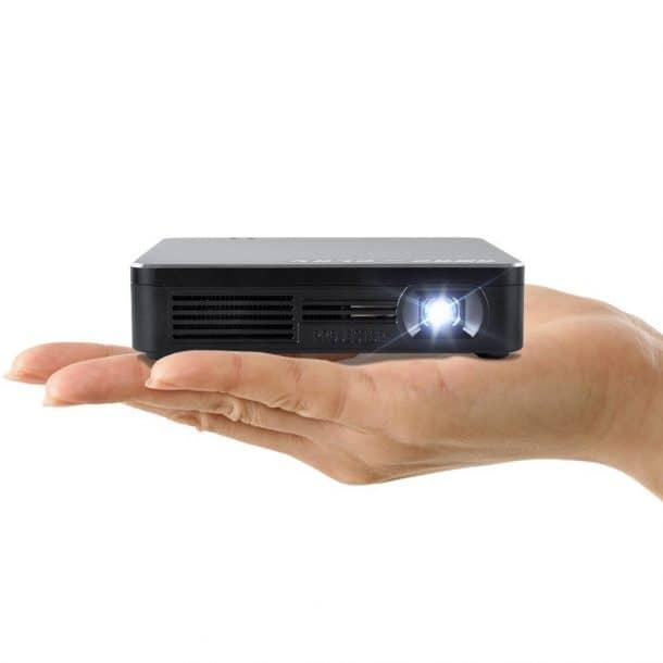 Amaz-Play Mini WiFi Projectors