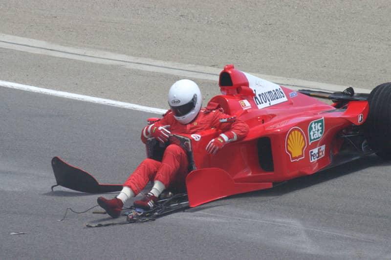 formula-1-car-accident