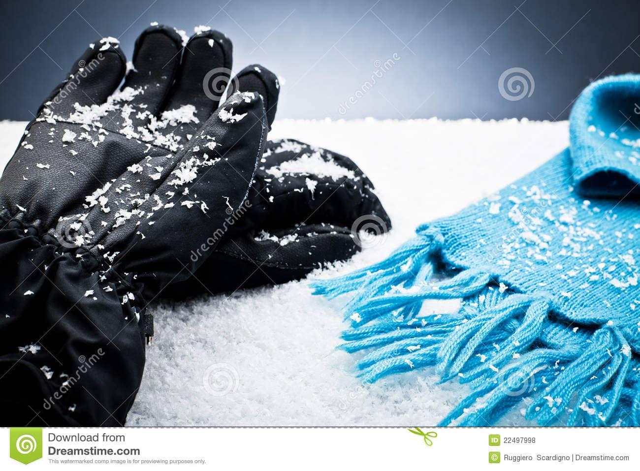 snow-gloves