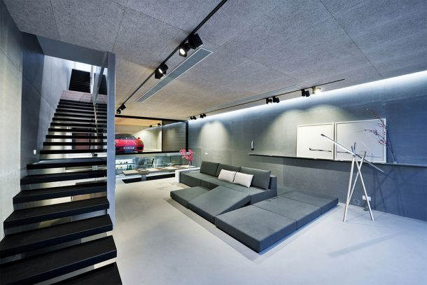 this-high-tech-glass-walled-home-in-hong-kong-will-give-you-goals_image-1